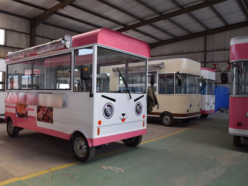 移动餐车价格 德州品牌好的移动餐车销售