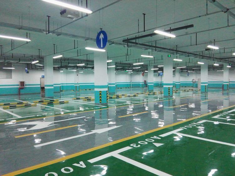 停车位画线施工队_北京优惠的停车场划线设施推荐