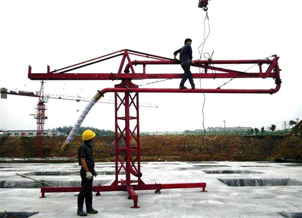 12米手动布料机厂家,沧州哪里有好的15米手动混凝土布料机