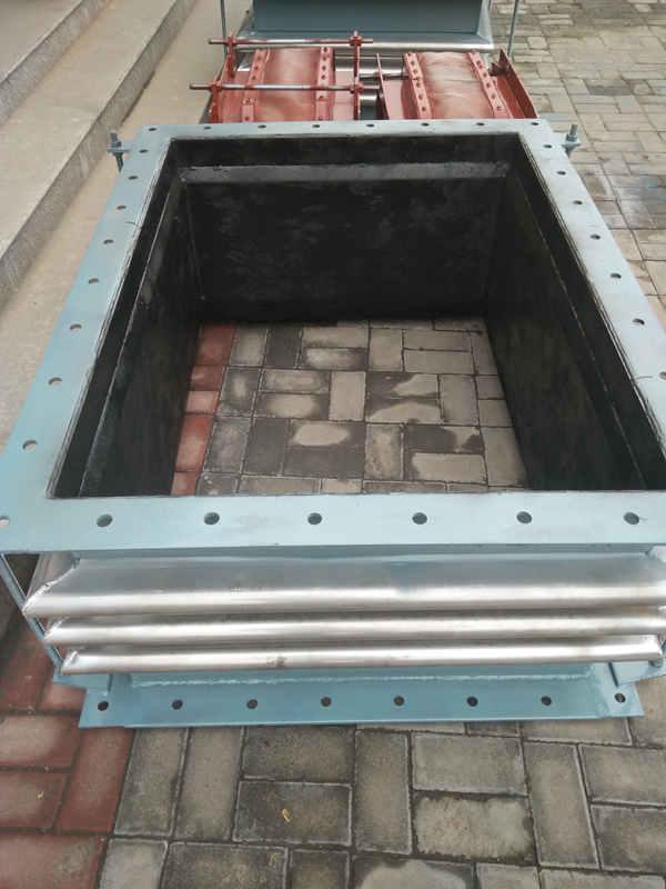 宏禄橡塑制品专业供应橡胶方形软连接,橡胶方形软连接价格