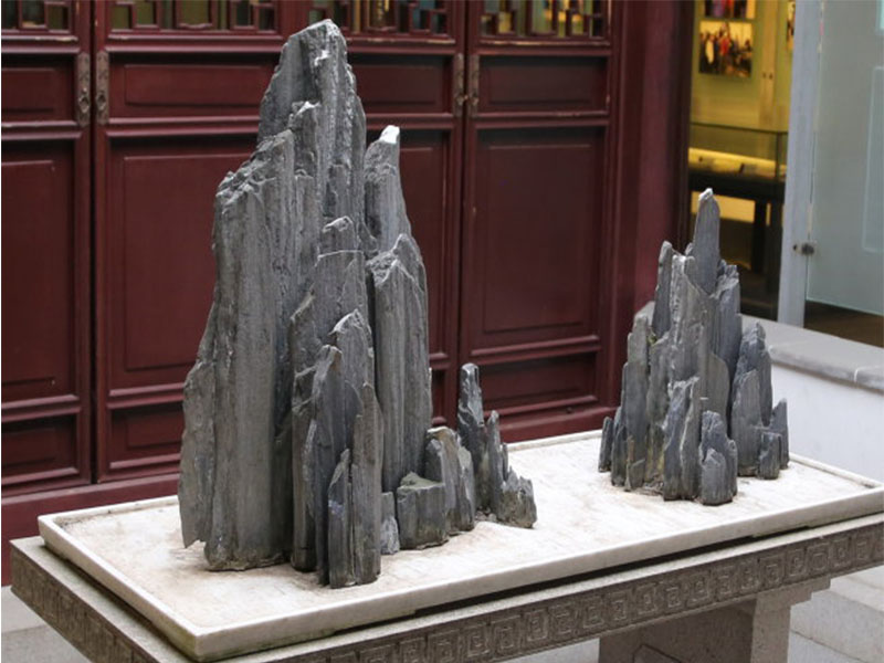 斧劈石假山