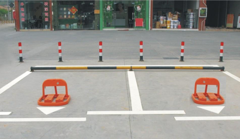安全的深圳停车场收费亭-选好用的停车场挡车器就到平方交通设施