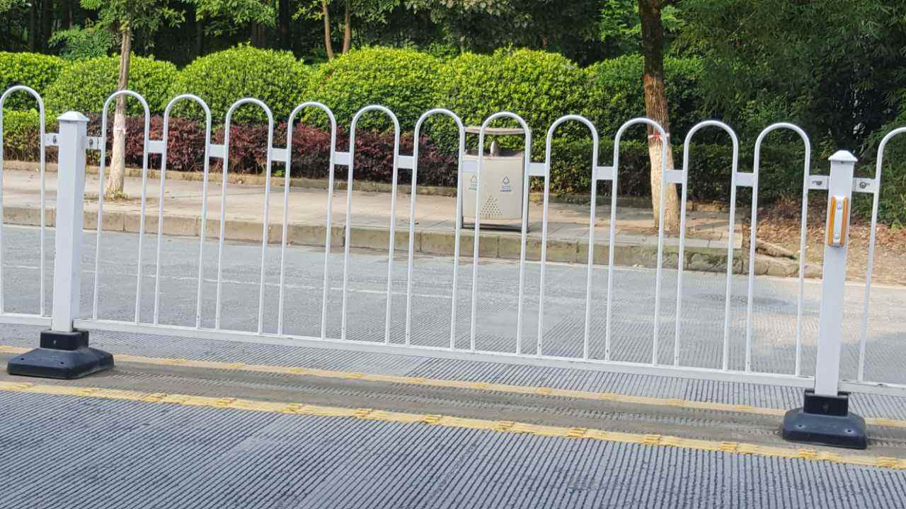 优惠的护栏-北京质量好的护栏哪里买