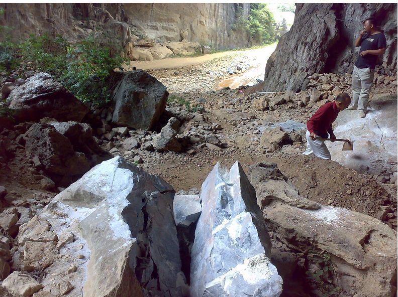 甘肃宇鸿建材大量供应岩石膨胀剂 青海混凝土膨胀药