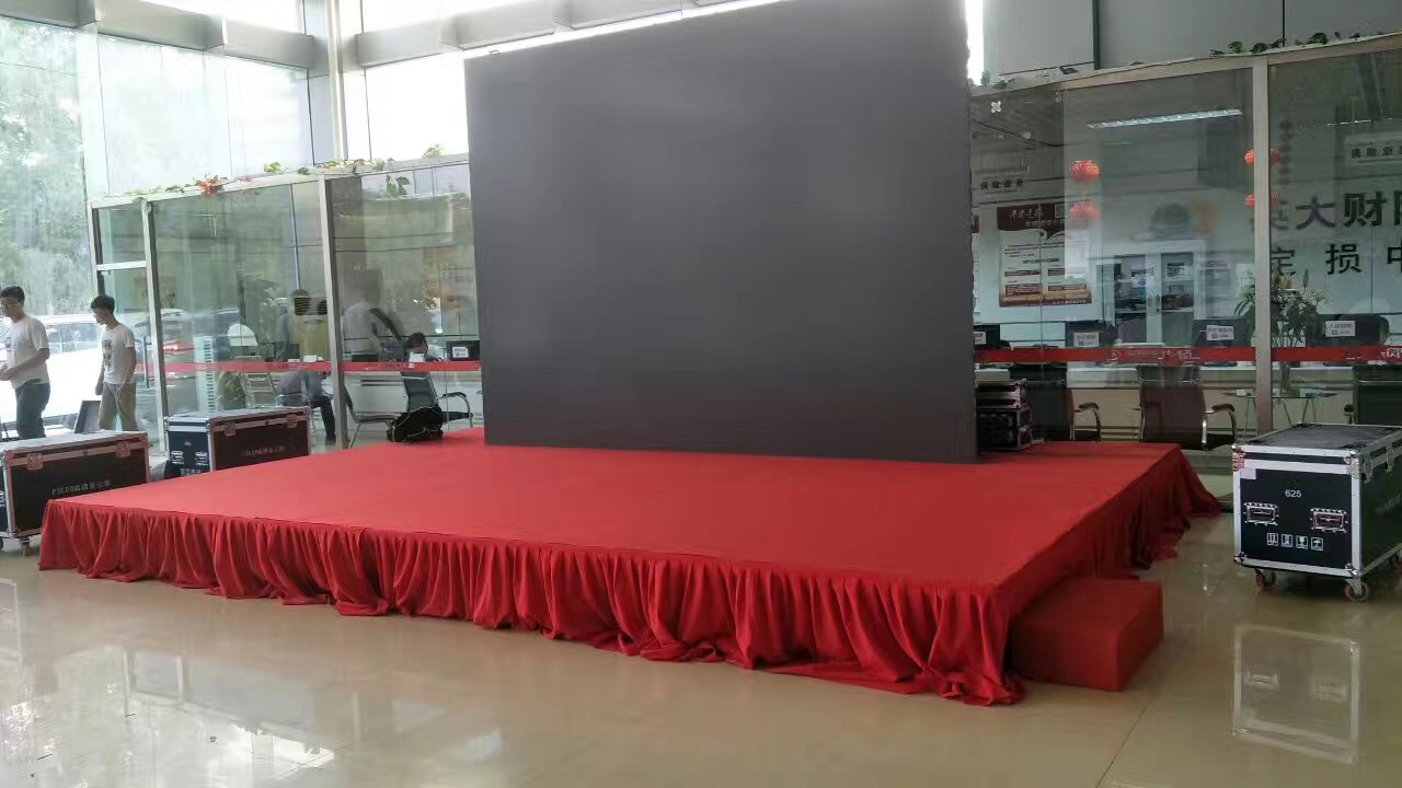 天津舞台背板天津指示牌出租——天津世超广告服务供应好用的舞台背板