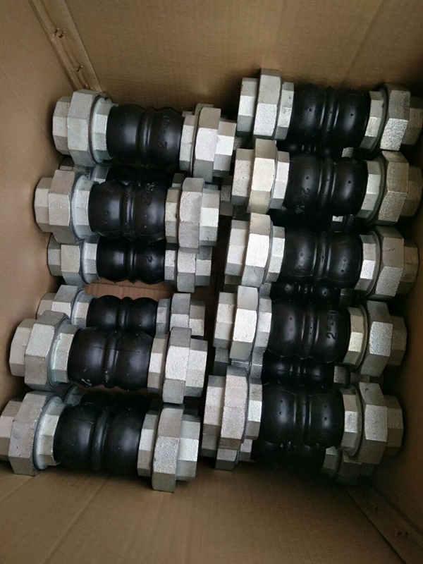 橡胶丝扣软连接认准宏禄橡塑制品-质优价平 橡胶丝扣软连接厂家