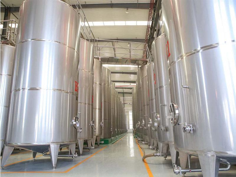 上海进口葡萄酒原酒 烟台专业的进口葡萄酒批发