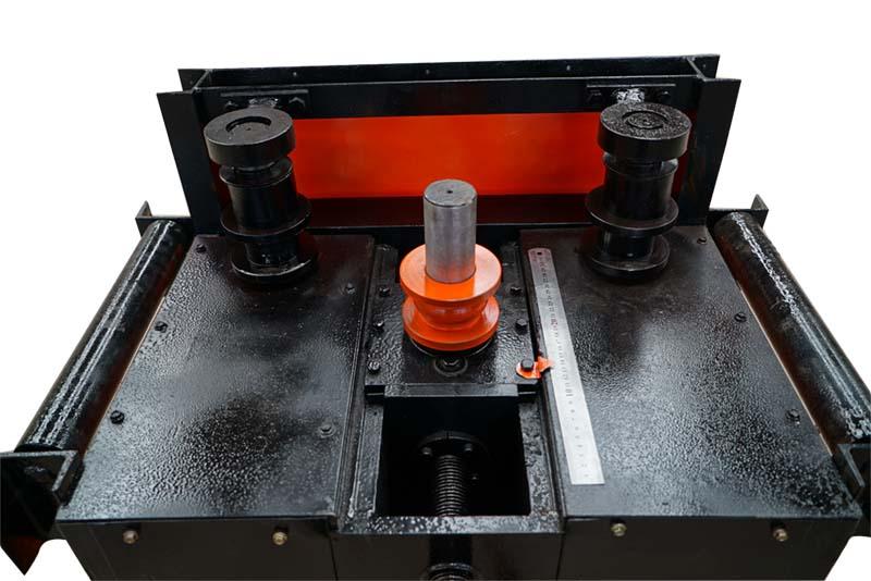 武汉求够价位合理弯管机-云鼎机械提供50型螺纹钢打圈机
