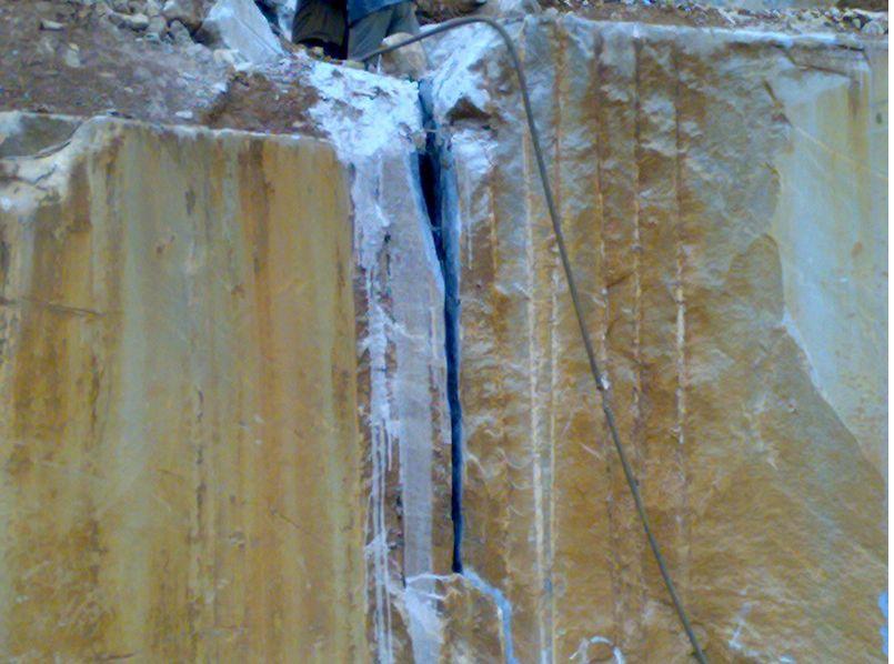 格尔木混凝土伟德国际首页剂 青海哪里买岩石伟德国际手机版的
