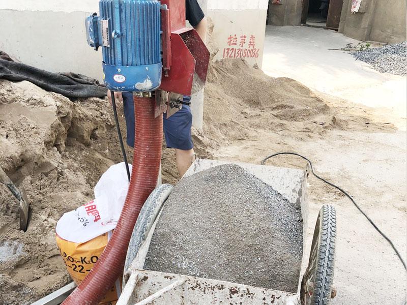 好用的软管绞龙吸料机优质,水泥输料机在哪可以买到