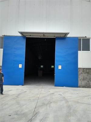 吴江开发区单层厂房2000平米出租,高10米
