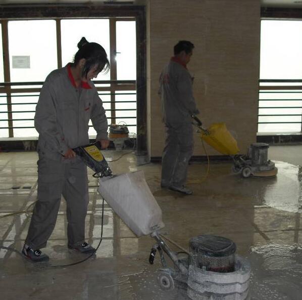 重慶高空作業-重慶高空作業當選重美保潔