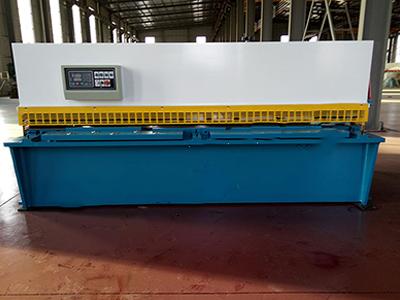卷板机-万宏机械价格划算的6X3200摆式剪板机出售