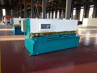 厂家供应QC11Y-6x2500系列数控液压摆式剪板机