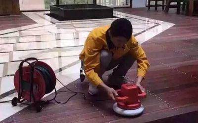 寧波哪家家庭保潔服務公司靠譜_黃馬褂家政怎么樣