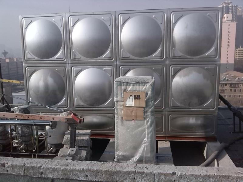 甘肃不锈钢水箱批发_甘肃博达供水设备_不锈钢水箱坚固耐用