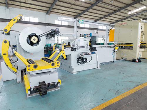 送料机设备-高性价自动送料机,海威智能装备倾力推荐