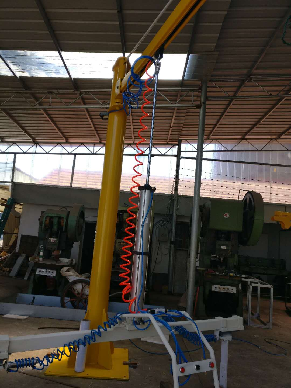 板材石材玻璃上下料悬臂吊机械手