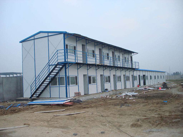 買彩鋼活動房就選新興活動房——彩鋼活動房美觀大方