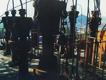 价位合理的液压螺杆拉紧式钢丝绳灌道装置供应-液压螺杆拉紧式钢丝绳灌道装置物超所值