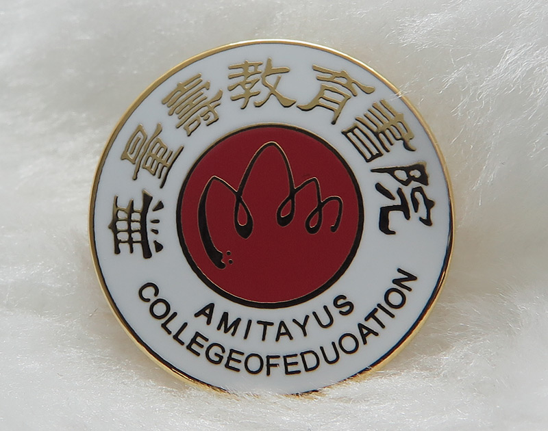 买设计新颖的车友会徽章,就到东莞济安塑胶五金制品-广州校徽制造