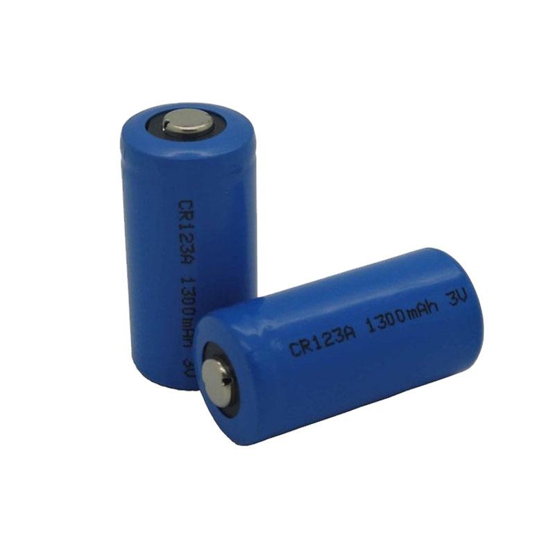 CR123A手电筒电池