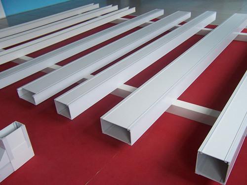 想買耐用的梯式直通橋架就到江蘇吉鑫濠-梯式直通橋架廠商