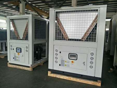 風冷螺桿低溫冷水機組_風冷螺桿冷水機組哪家供應商好