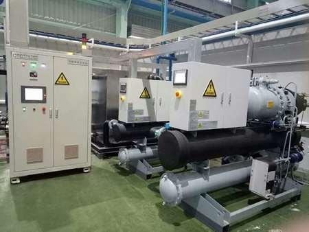 螺杆式冷冻机批发-大量供应高质量的盐水冷冻机