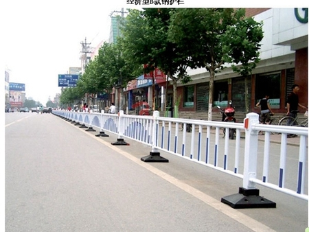 沈阳优惠的公路护栏供应|公路护栏哪里买