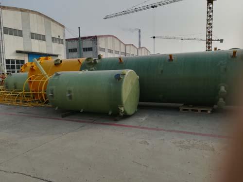辽宁玻璃钢储罐|新意复合材料_优质玻璃钢立式容器厂家