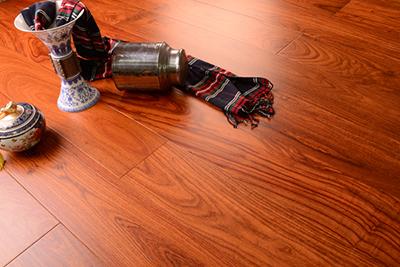 徐州哪有供应口碑好的实木多层地板-实木多层地板批发