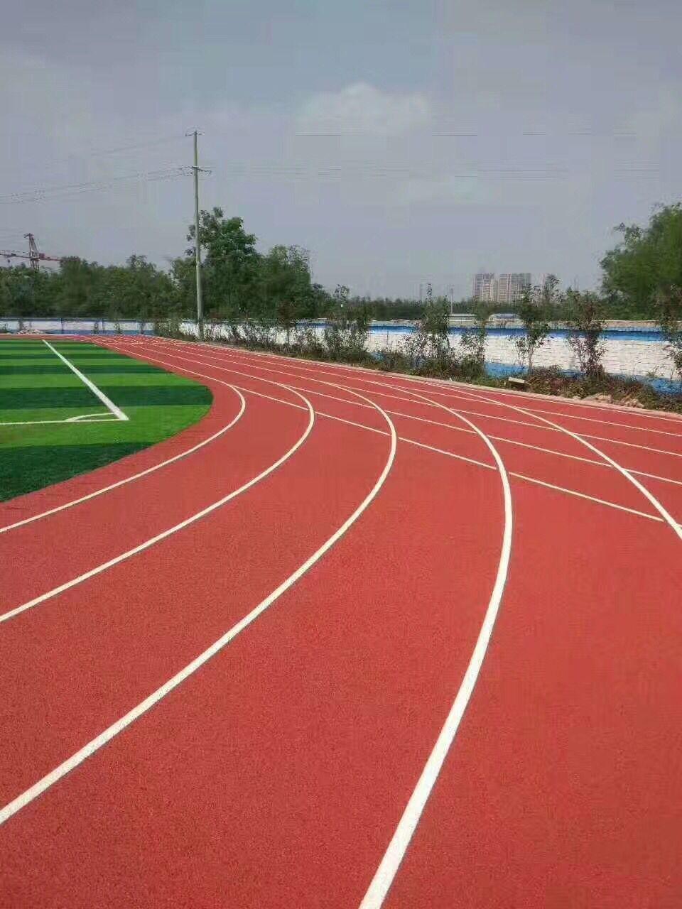 佛山人造草坪,江西室外塑胶跑道-惠州市泓冠达体育设施有限公司