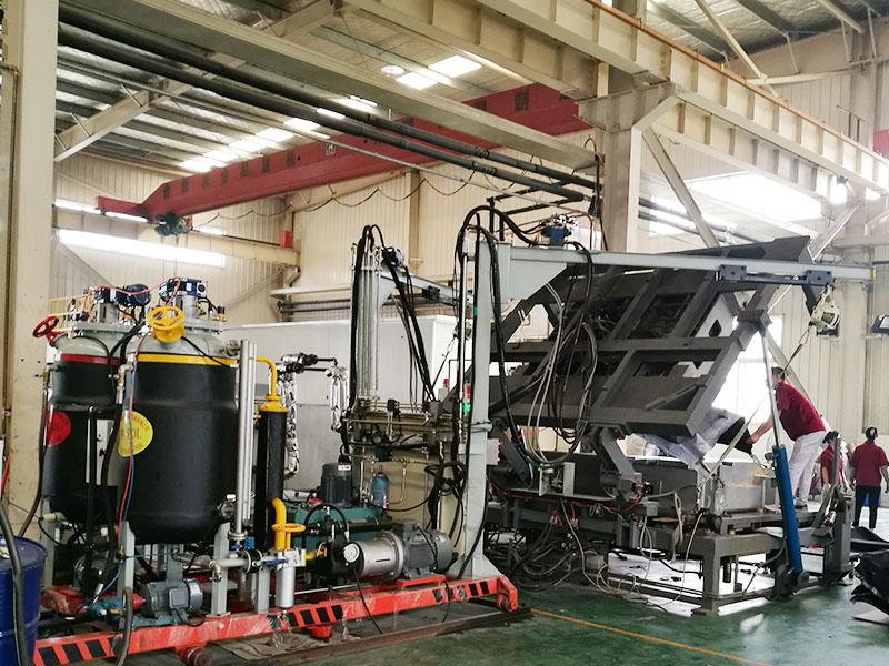 江西发泡机生产厂家_蓬莱康维特聚氨酯设备质量好的聚氨酯发泡机设备