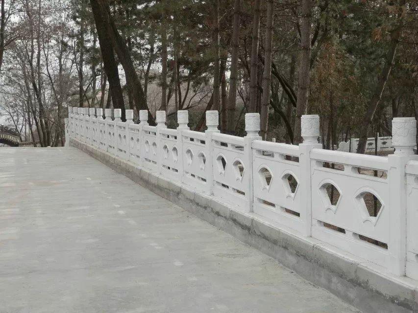 扇形河堤护栏批发_郑州天艺围栏模具质量好的扇形河堤护栏出售