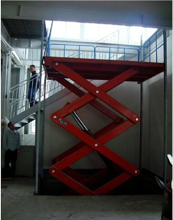 承德丝杆升降机 远工起重供应高质量的河北升降机