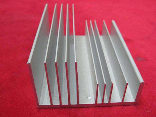 東莞鋁型材供應商_鋁型材上哪買比較好