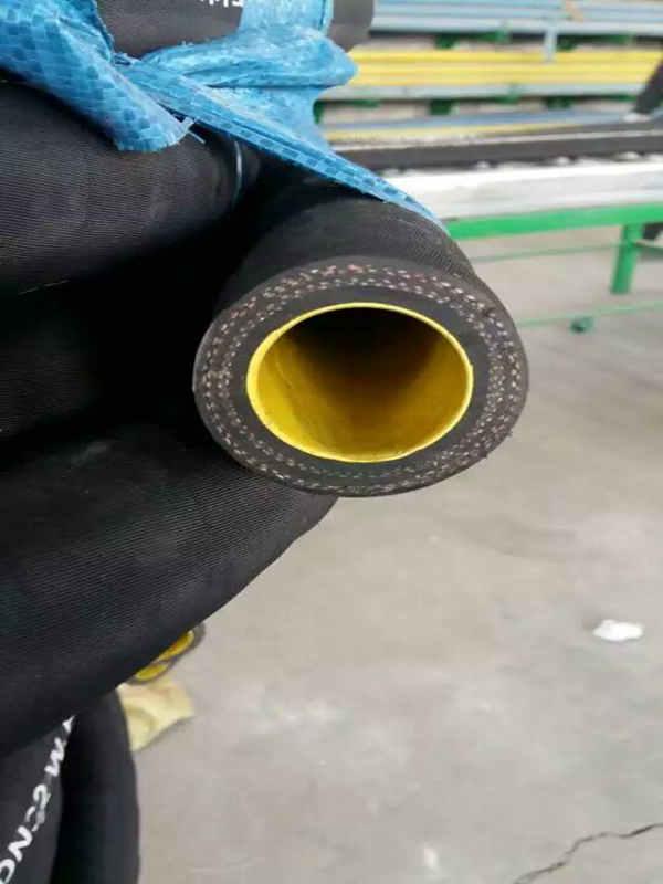 供应夹布吸引胶管,宏禄橡塑制品供应夹布吸引胶管
