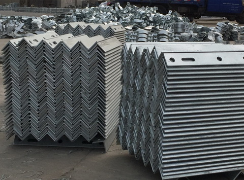 临港角钢厂家角钢_镀锌角钢_角钢提供不等边角钢