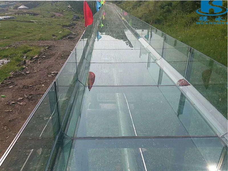 广东好玩的玻璃滑道-玻璃滑道