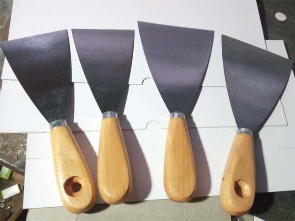 山东不锈钢油灰刀多少钱-有品质的木柄镜面油灰刀哪里有卖