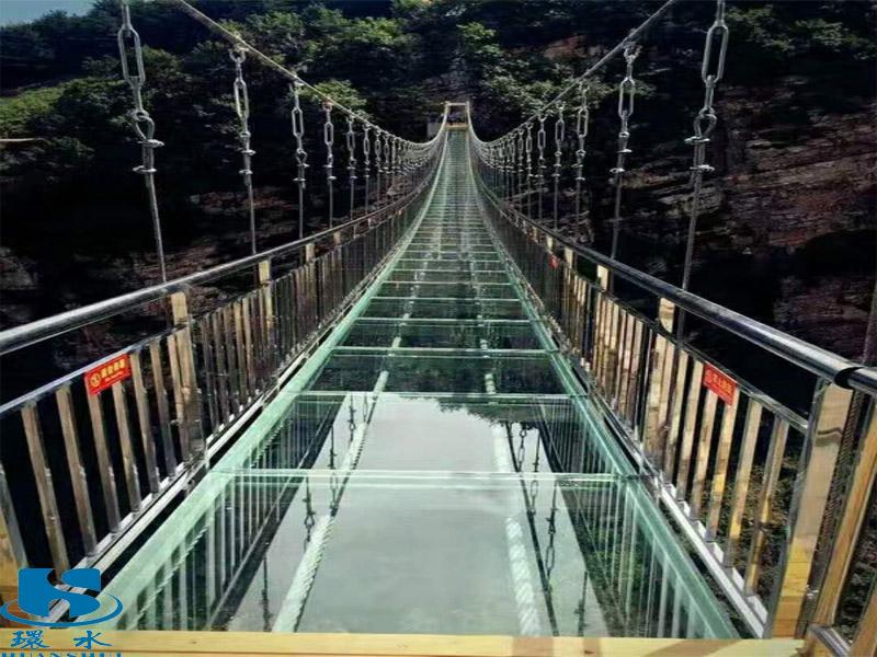 玻璃吊桥设计工程-特色的玻璃吊桥就在广州环水水上设施建造