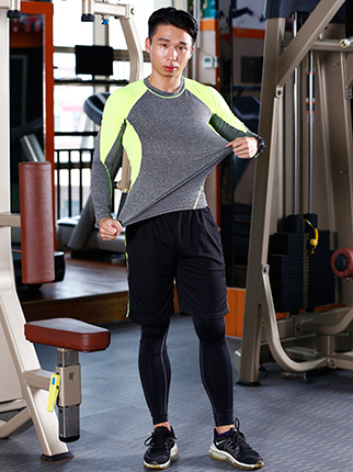 收腰瑜伽服订制-运动服厂家-推荐新泳欣服装