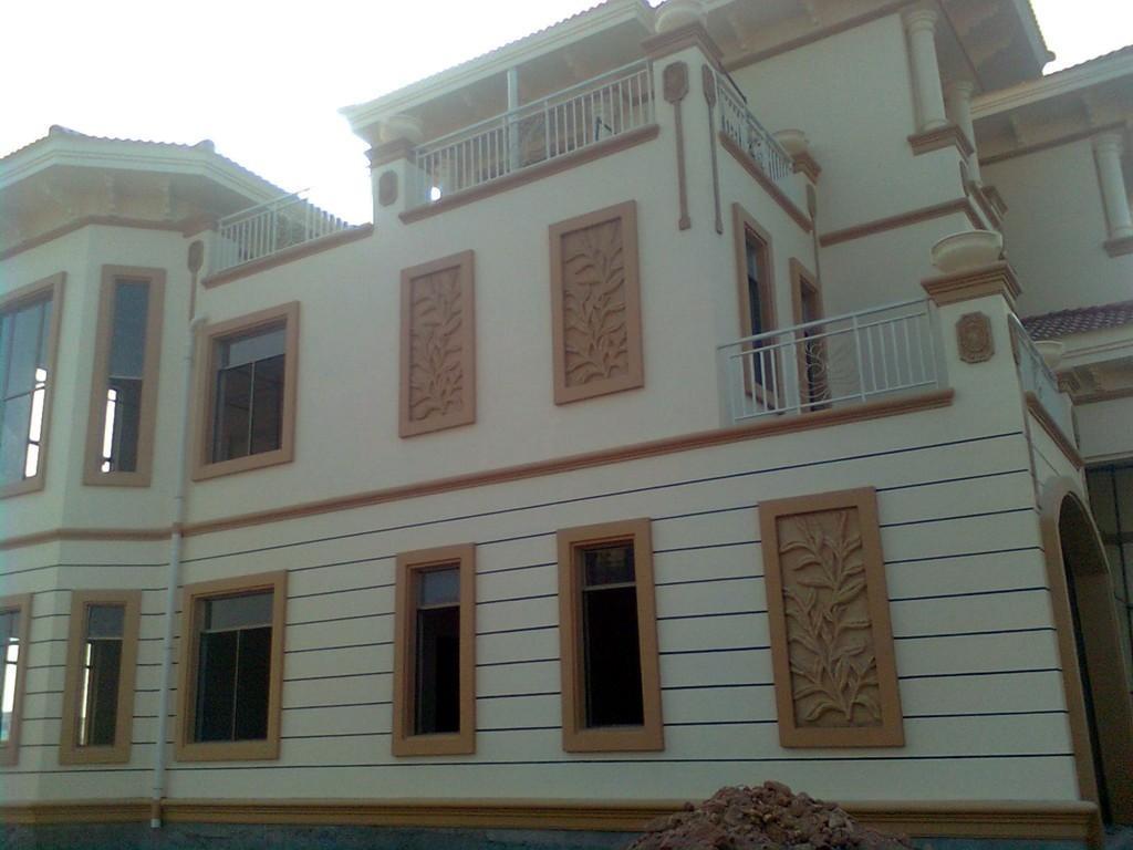 别墅外墙装饰用多彩漆好,上哪找靠谱的水包水多彩涂料