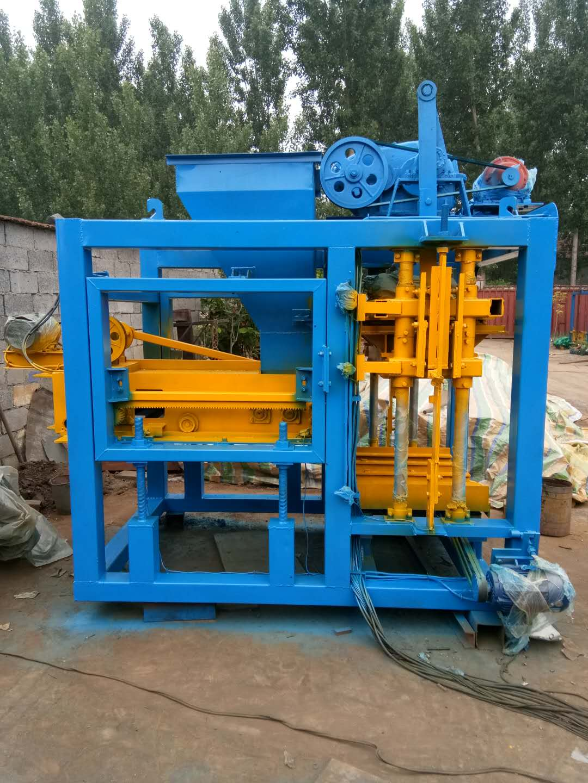 上海全自动砌块成型机厂家_专业QTJ4-15型全自动砌块成型机推荐