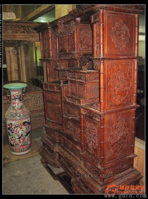 上海回收老红木多宝阁