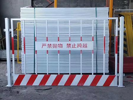 基坑护栏厂家直销_想买合格的基坑护栏,就到博川丝网制品