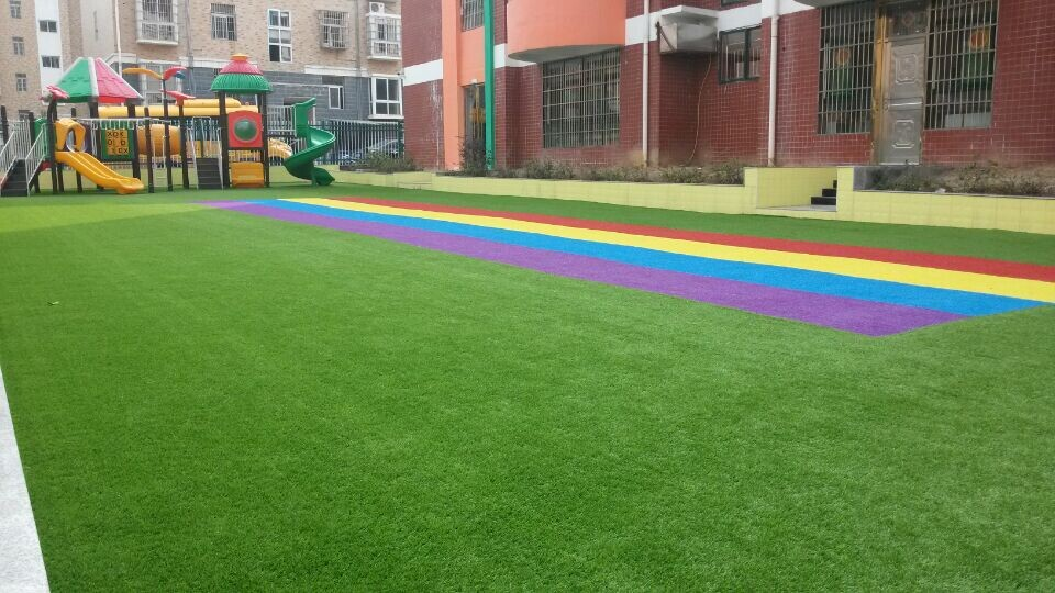 张家界足球场人造草坪_什么样的足球场人造草坪耐用