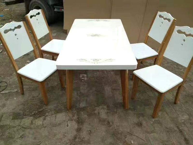 供应德州性价比高的餐桌椅,河南餐桌椅成品