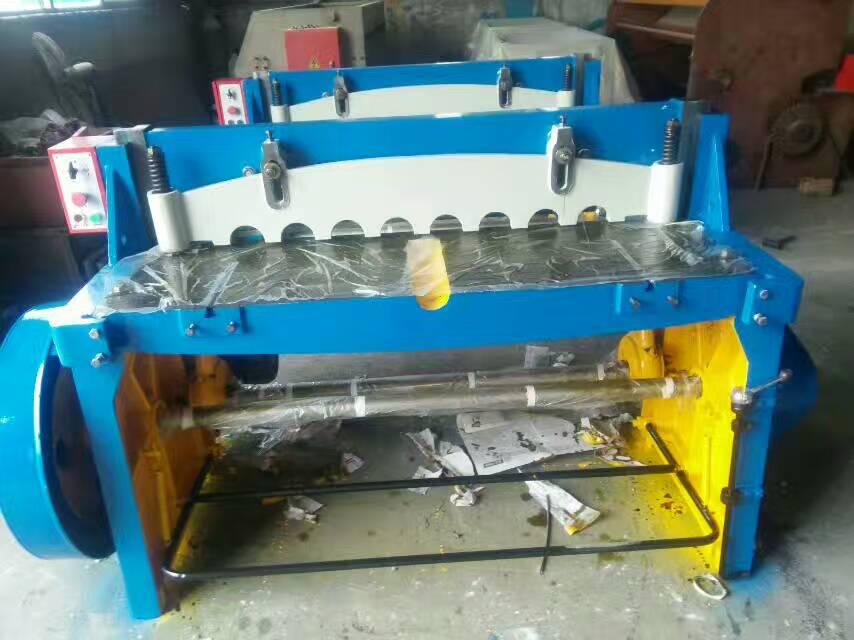 天津市沪冲机电亚博体育yabo88在线公司提供好的QC12K系列液压摆式数控剪板机,优质QC12K系列液压摆式数控剪板机